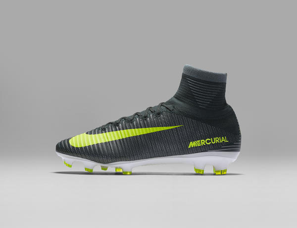 nike-mercurial-superfly-cr7-03