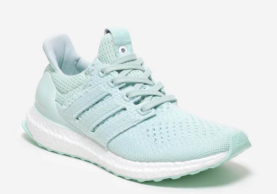 adidas-x-naked-ultra-boost-waves-pack-01