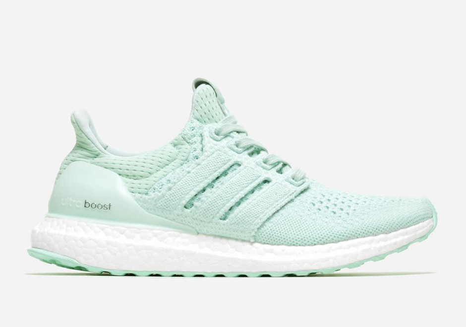 adidas-x-naked-ultra-boost-waves-pack-02