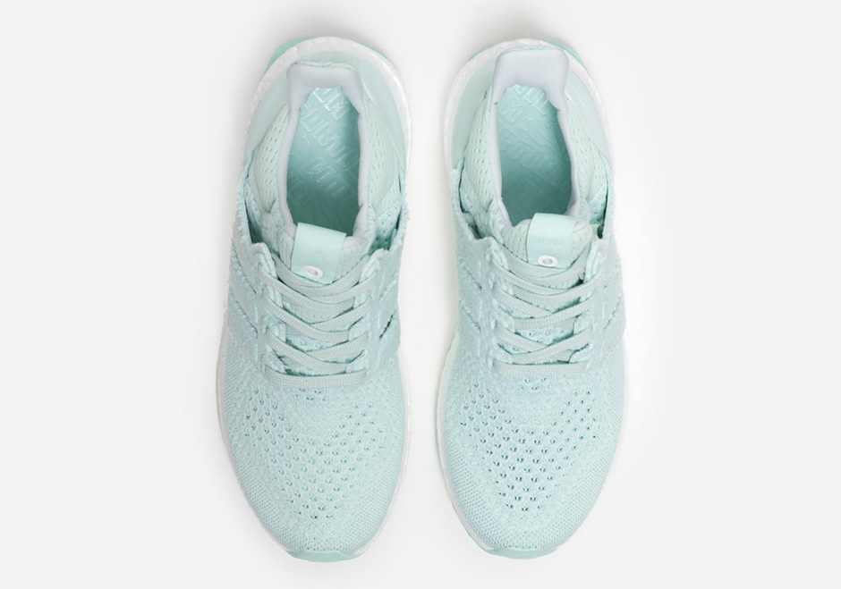 adidas-x-naked-ultra-boost-waves-pack-04