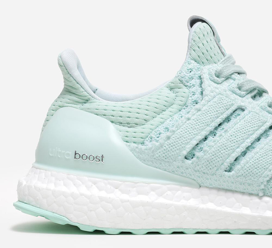 adidas-x-naked-ultra-boost-waves-pack-07