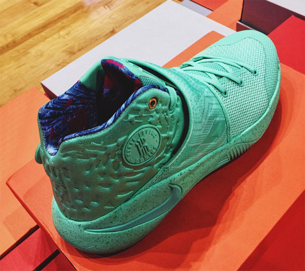 nike-what-the-kyrie-2-02
