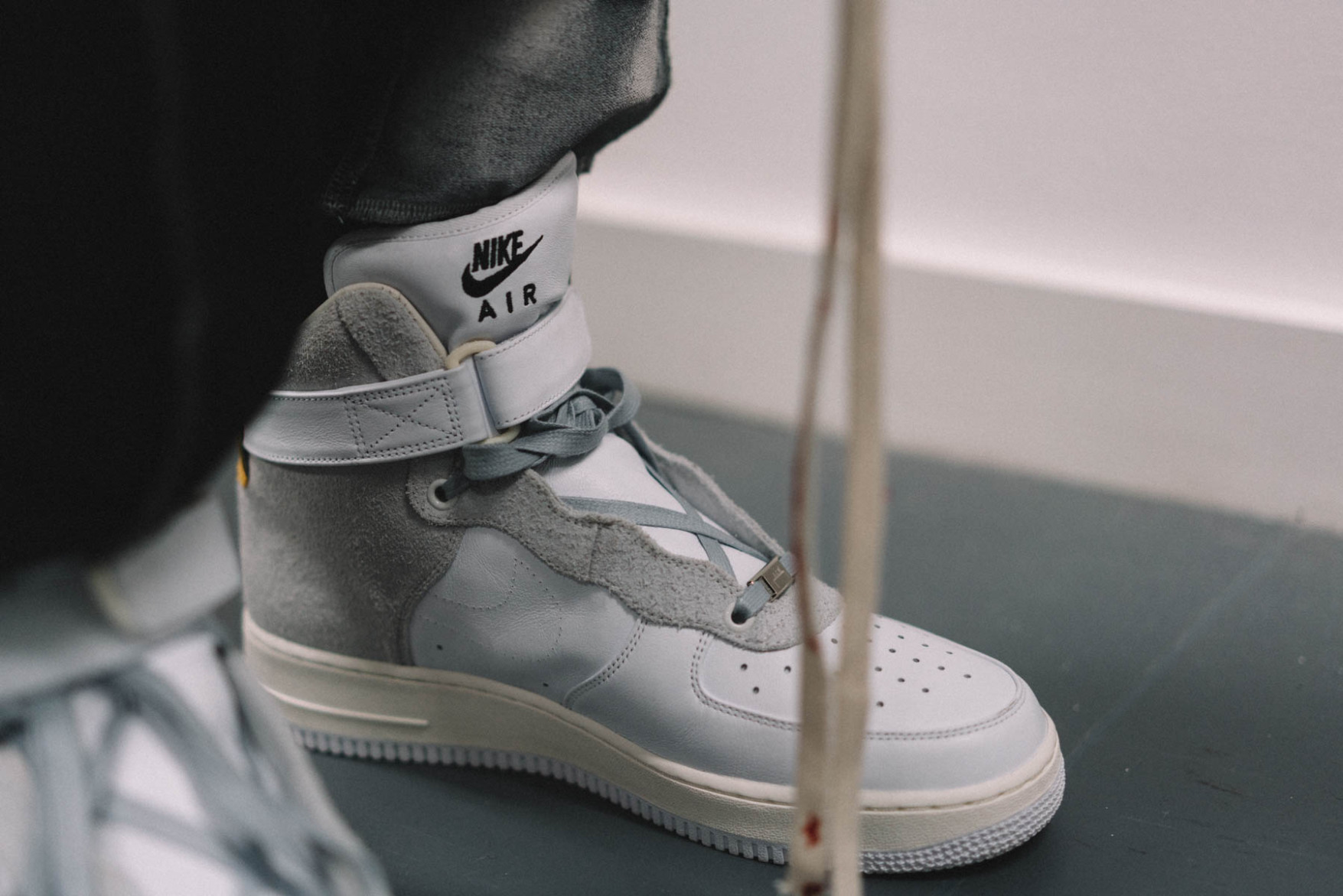 nikelab-air-force-1-a-cold-wall-bespoke-03