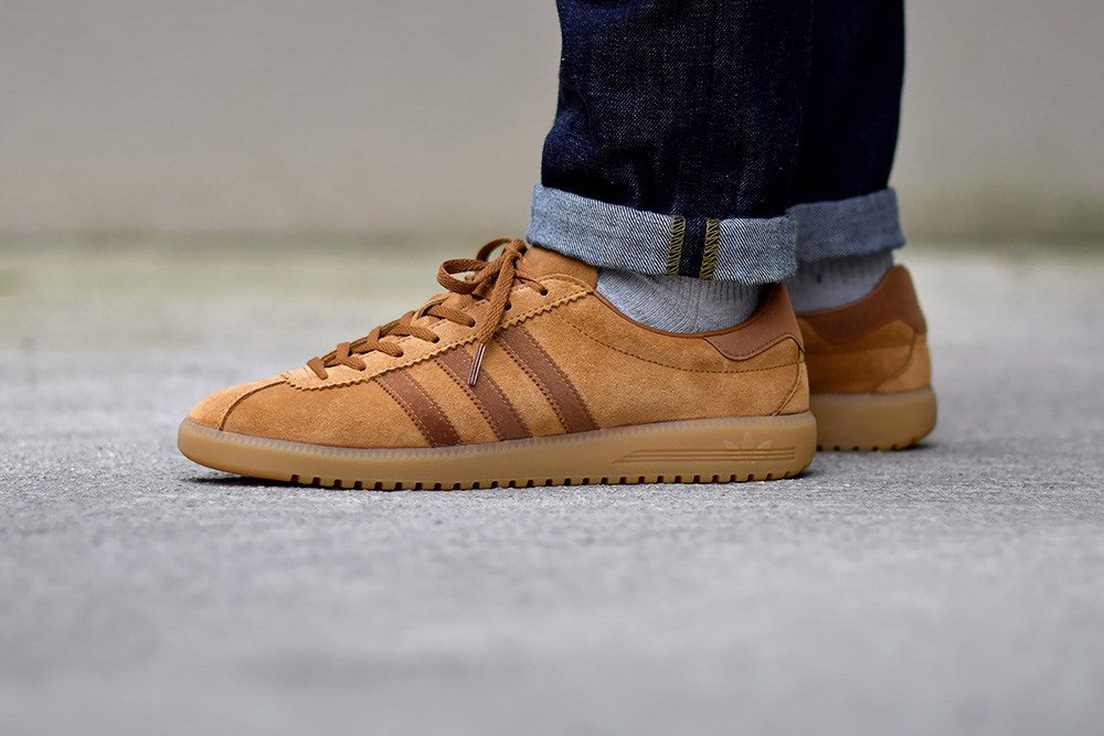adidas-originals-bermuda-tobacco-1