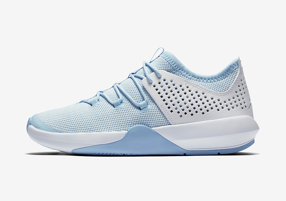 jordan-express-white-university-blue-2