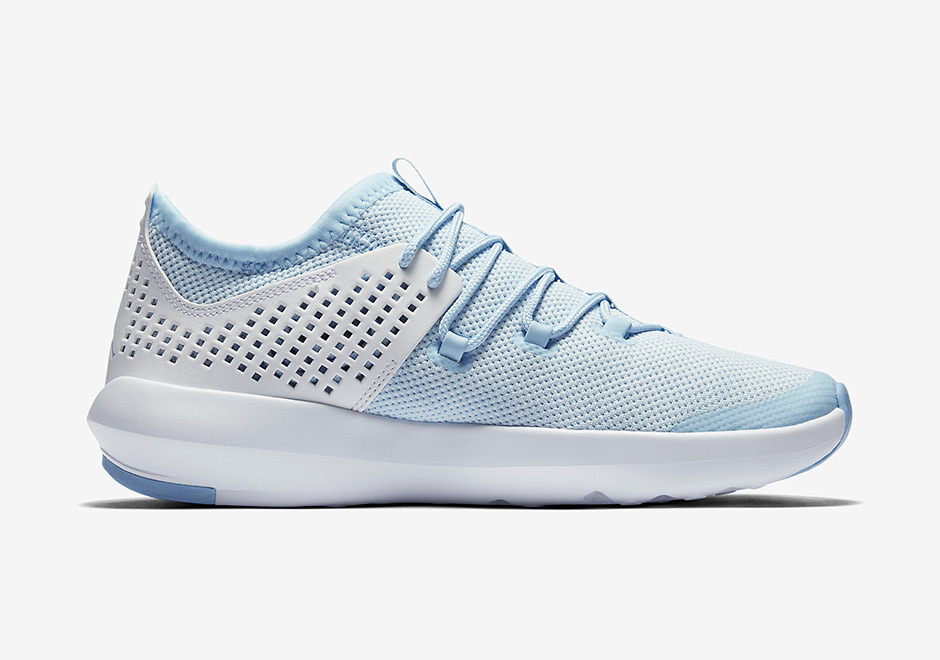 jordan-express-white-university-blue-3