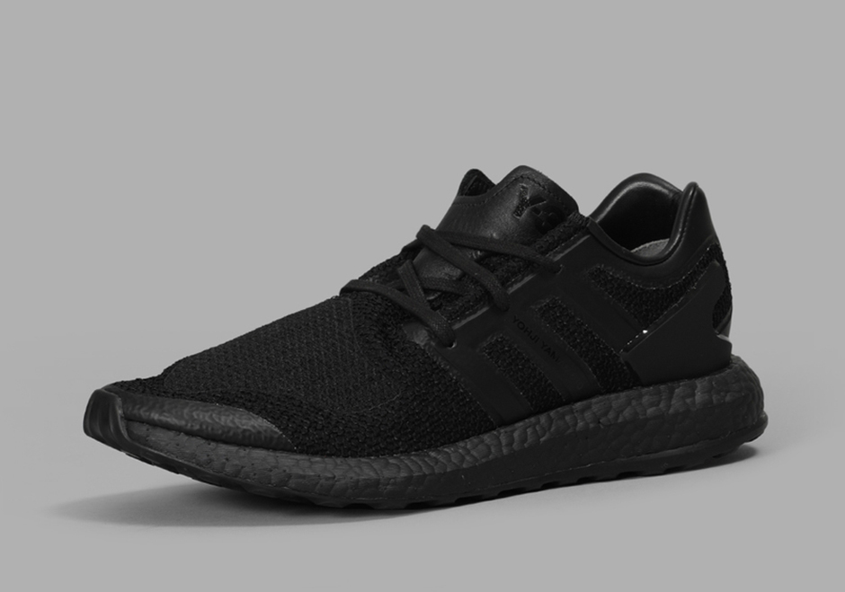 adidas-y-3-pure-boost-triple-black-01