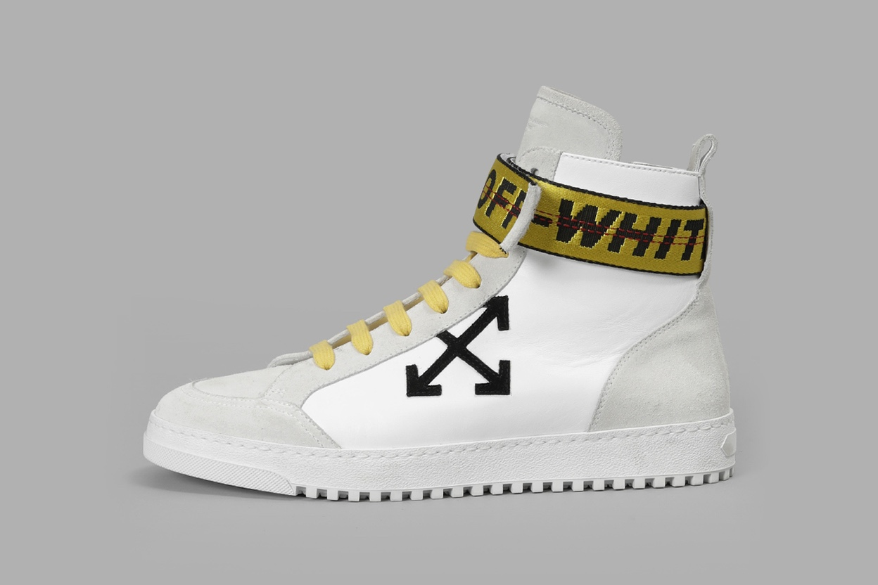 off-white-2017-fall-winter-preorder-1