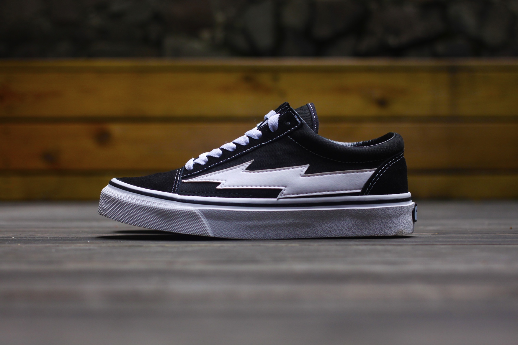 revenge-storm-ian-connor-vans-old-skool-01