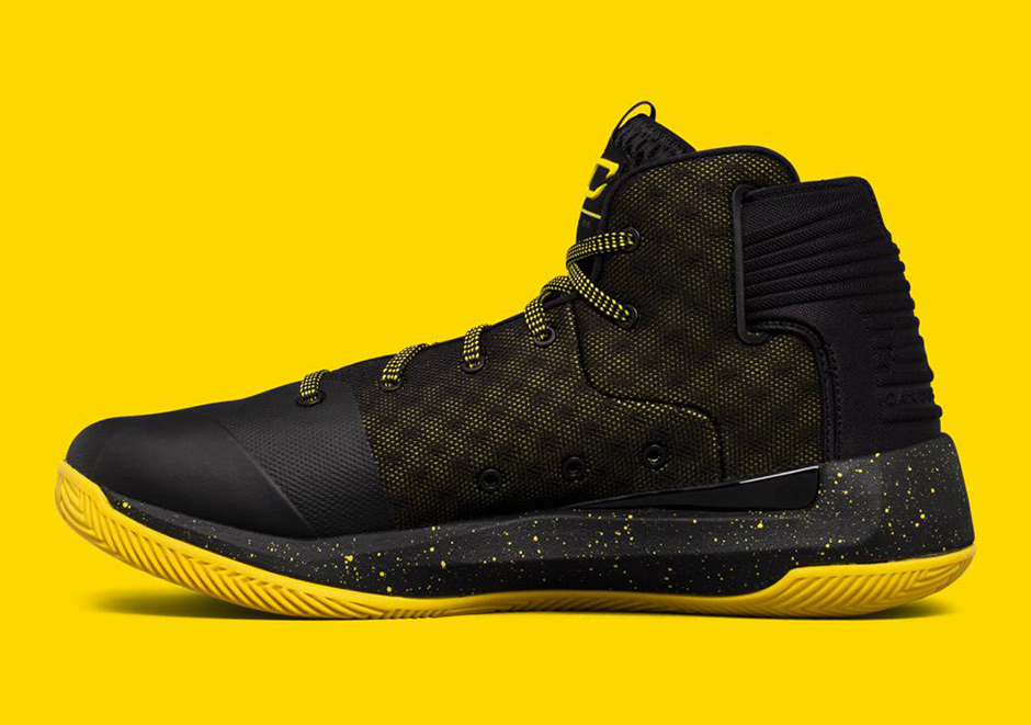 ua-curry-3zer0-nba-finals-black-taxi-3