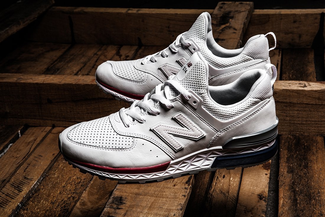 9f29bdf319b New Balance 574S  Friends   Family  Edition - SneakersBR