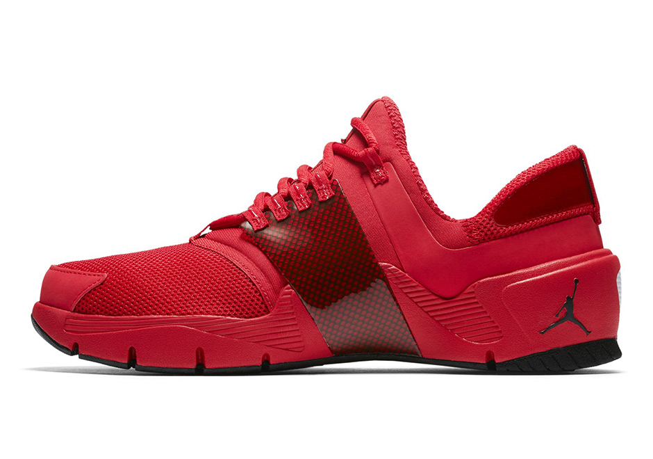 jordan-alpha-trunner-red-2