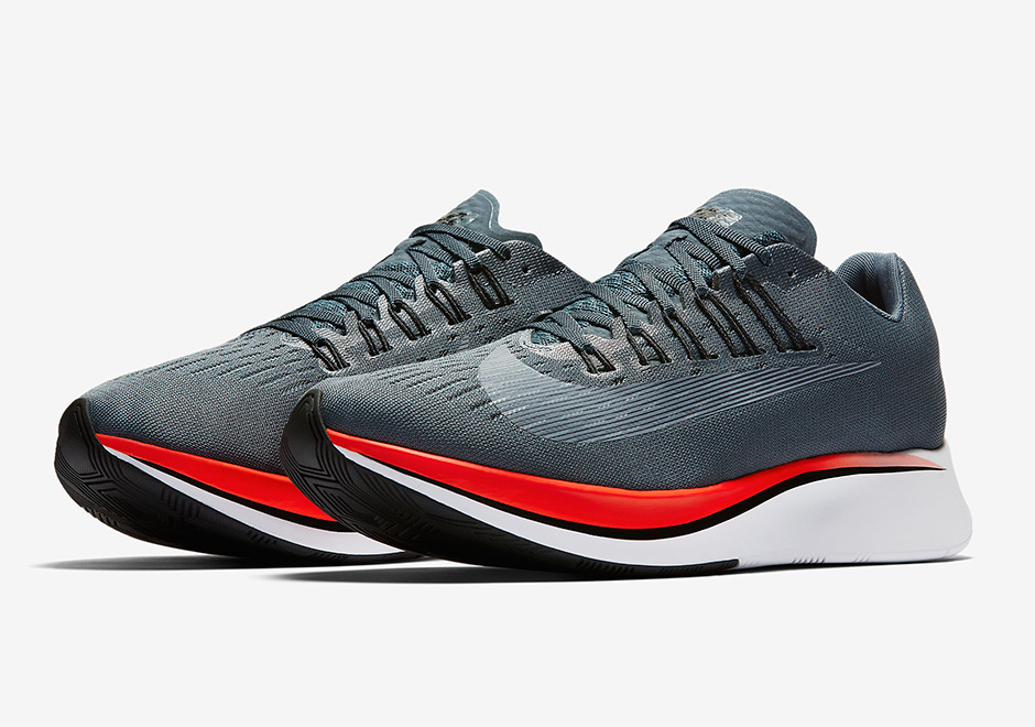 nike-zoom-fly-blue-fox-bright-crimson-university-red-black-880848-400-1