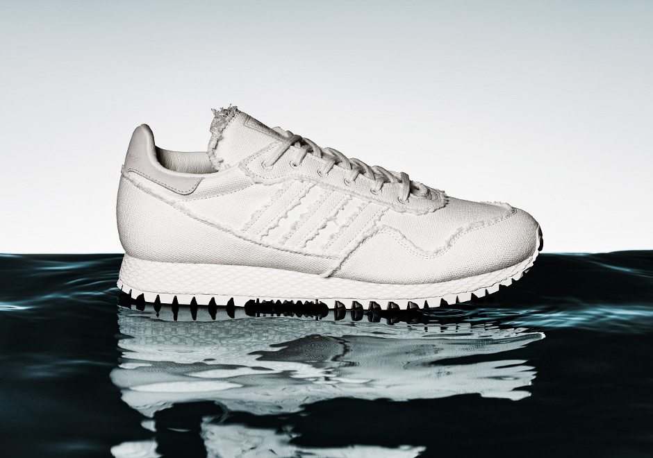 adidas-daniel-arsham-new-york-white-denim-uv-print-02