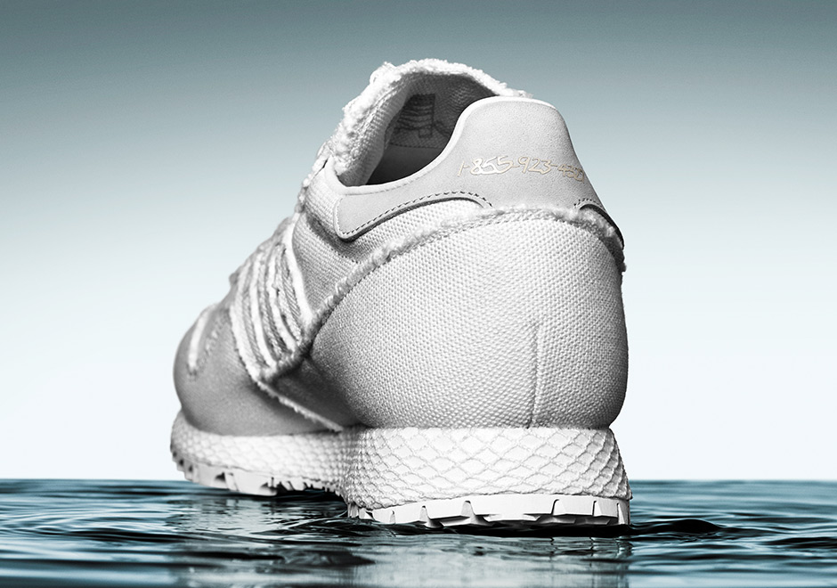 adidas-daniel-arsham-new-york-white-denim-uv-print-06