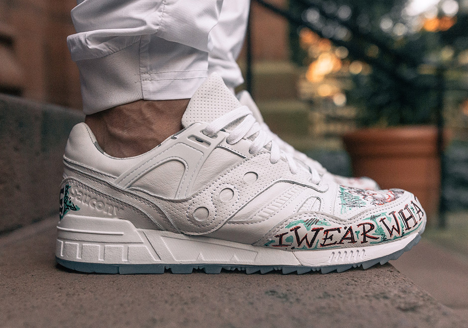tblake-Saucony-grid-sd-triple-white-2