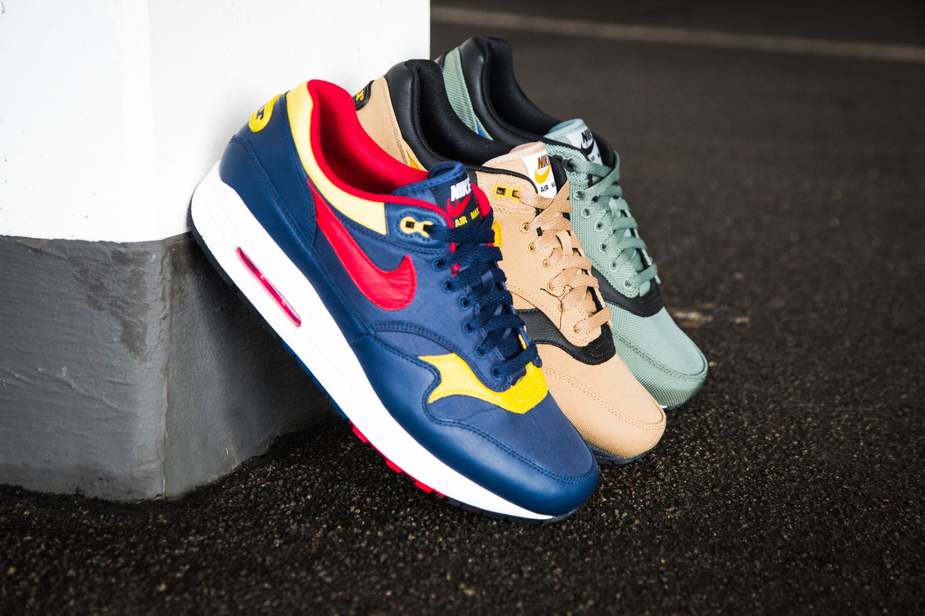 finest selection 6c23f 646f1 nike-air-max-1-premium-93-logo-pack-04