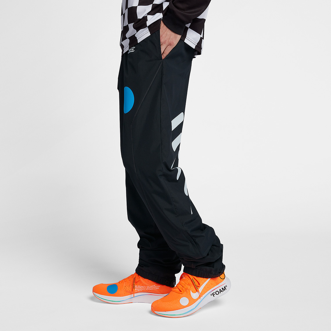 off-white-nike-soccer-pants-AA3299-010-6 - SneakersBR